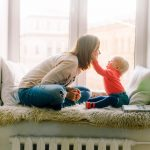 Conseils pour engager une baby-sitter